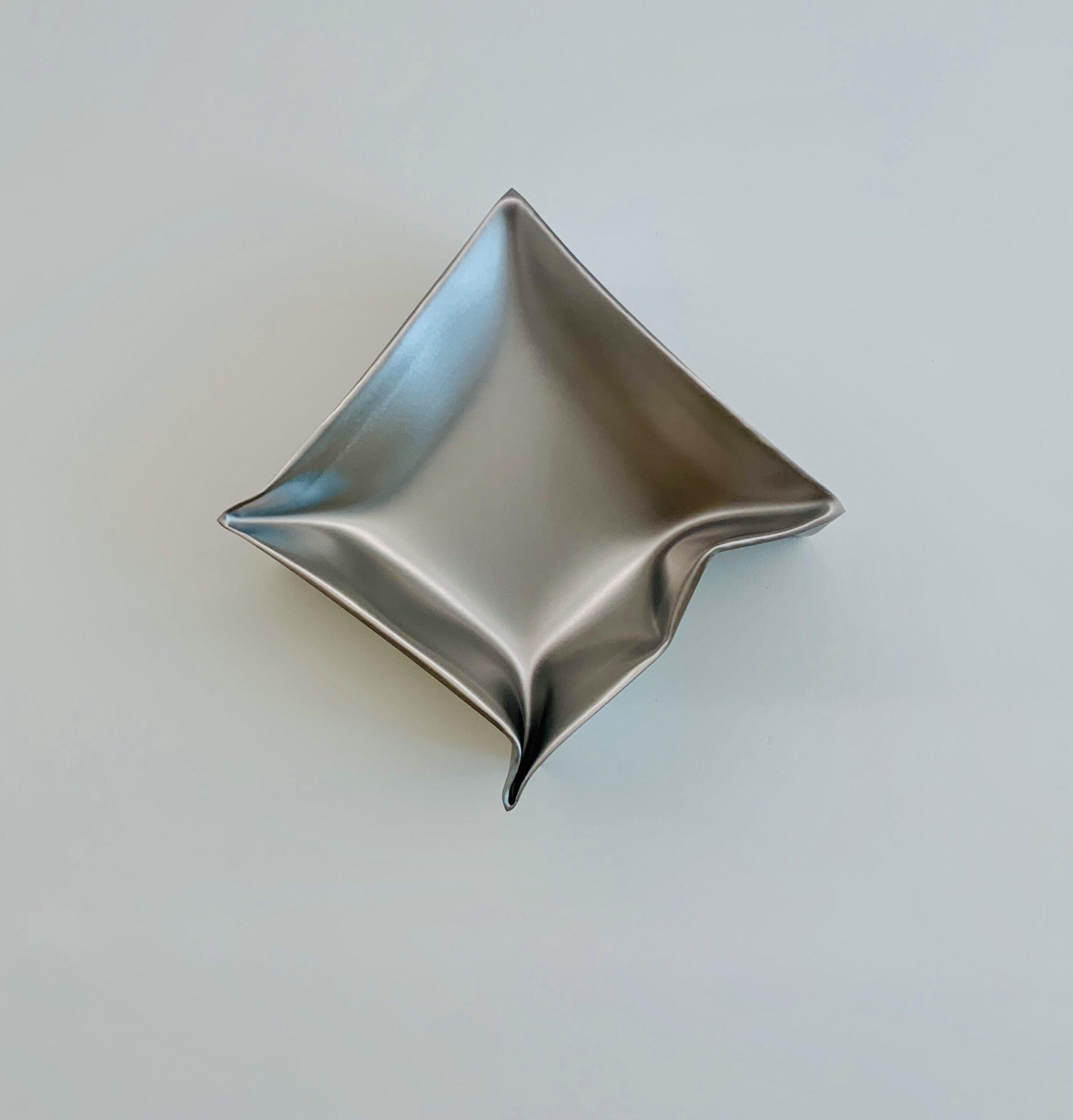Ewerdt Hilgemann, Half Cube (Flying Object), 2020