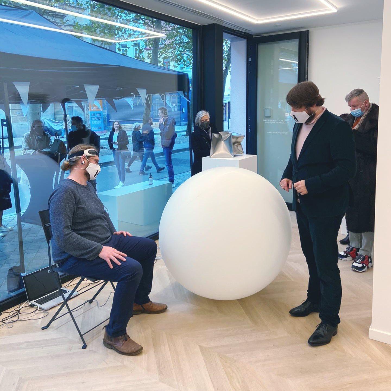 Thomas Betsens - Brain Interface Balloon