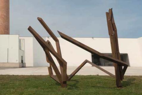 Robert Schad, TARRAK steel sculpture